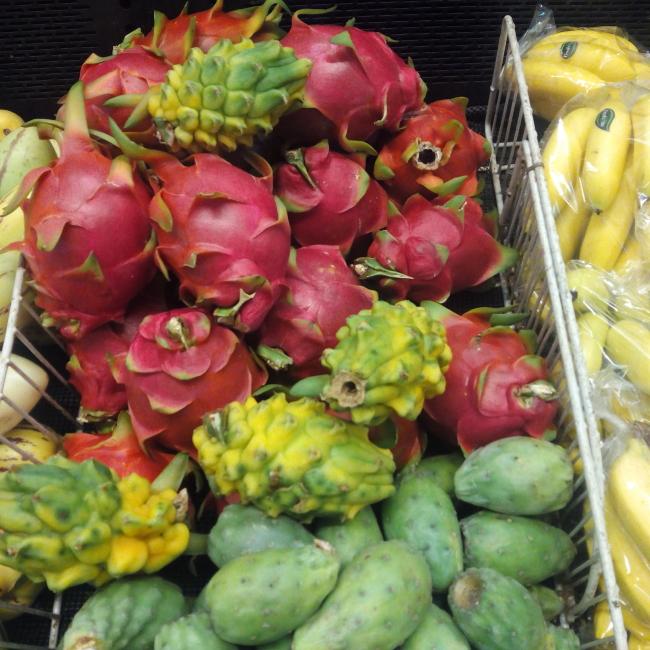 frutas-de-ecuador-quito-pitaya