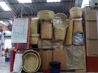cestas-mimbre-mercado-santa-clara