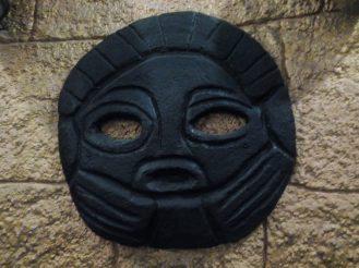 esculturas-negra-templo-del-sol-