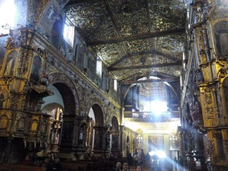 nave-central-iglesia-san-francisco